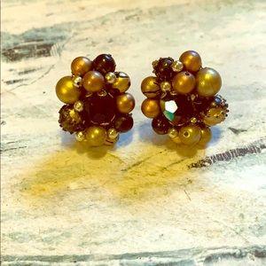Beautiful vintage clip on earrings
